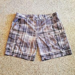 Under Armour loose HeatGear shorts, EUC